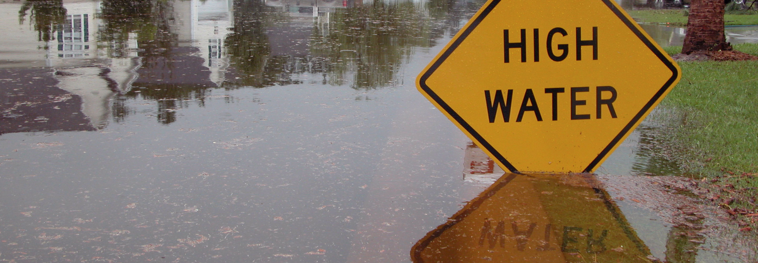 High water sign in deep water
